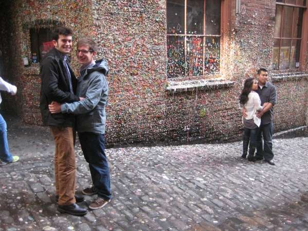Tourist Photos Seattle - Gum Wall