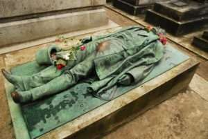 Père Lachaise Cemetery in Paris, France - Bizarre Grave Site