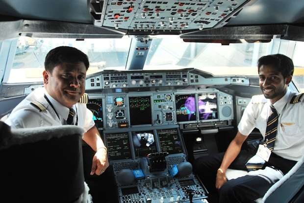 Airbus A380 Emirates Pilots air travel  photo