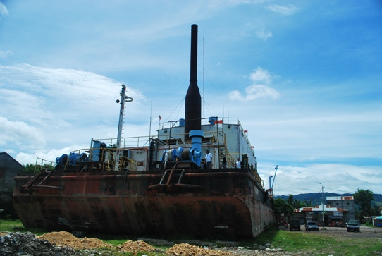 Banda Aceh Ship indonesia pestablogger 2009  photo image