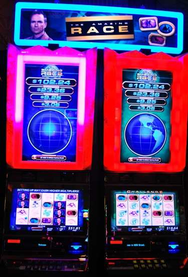 Travel And Money - The Amazing Race Slot Machine