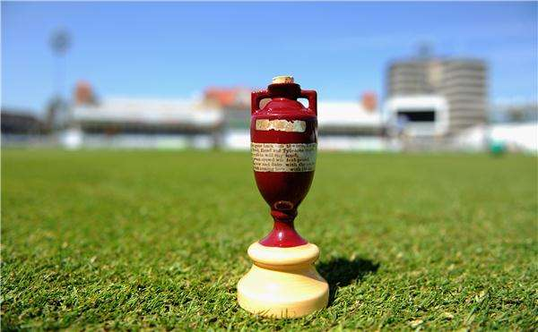 The Ashes England Travel Blog the ashes The Ashes Cricket Series - Australia vs England Funny Moments! Cricket, Cricket Funny Moments, Cricket Score, Cricket Streakers, The Ashes